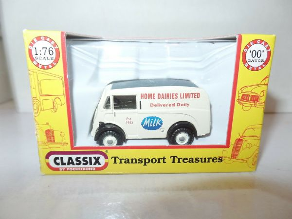 Classix EM76605 1/76 OO Scale Austin 101 Van Milk Float Home Dairies